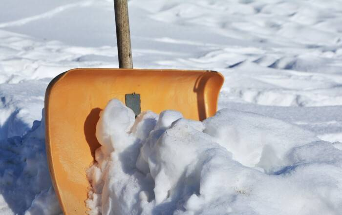 snow shoveling safely
